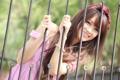 Картинка лето, девушка, лицо, улыбка, волосы, забор