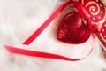 Картинка сердце, лента, мех