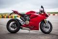 Картинка красный, мотоцикл, red, вид сбоку, трек, bike, дукати
