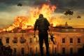 Картинка взрыв, огонь, человек, вертолеты, автомат, Белый дом, Падение Олимпа