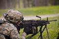 Картинка солдат, полёт, экипировка, гильзы, пулемёт, ручной, M249