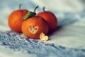 Картинка макро, оранжевый, сердце, скатерть, кожура, мандарин