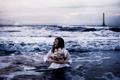 Картинка маяк, девушка, настроение, кораблик, волны, море