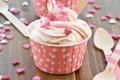 Картинка мороженое, сердечки, десерт, присыпка, ложечки