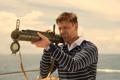Картинка море, яхта, гранатомет, прицел, базука, Шон Бин, Sean Bean