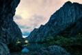 Картинка пейзаж, скалы, горы, вечер, дом, озеро