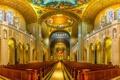 Картинка собор, храм, религия, скамья, колонна