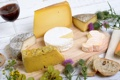 Картинка цветы, вино, сыр, хлеб, доска