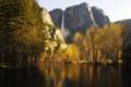 Картинка осень, лес, горы, озеро, водопад