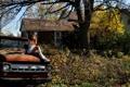 Картинка машина, девушка, дом