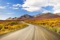 Картинка дорога, небо, облака, горы, кустарники, вдаль, повороты