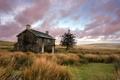 Картинка закат, поле, дом