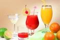 Картинка апельсин, бокалы, сок, лайм, напиток