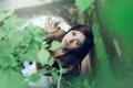 Картинка азиатка, растение, девушка, зелень, брюнетка, girl, листья