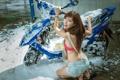 Картинка девушка, азиатка, моторолер