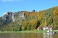 Картинка осень, деревья, дома, небо, река, скала
