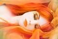 Картинка осень, девушка, сон, макияж, бусы, рыжеволосая