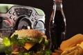 Картинка coca-cola, гамбургер, радиоприёмник, жареная картошка