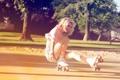 Картинка лето, девушка, смех, ролики, блондинка