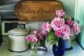Картинка цветы, стол, розы, кастрюля, вазы