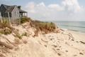 Картинка песок, море, пляж, облака, дом