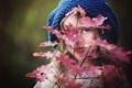 Картинка листья, боке, шапочка, девочка