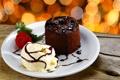 Картинка шоколад, клубника, пирожное, десерт