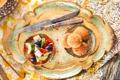 Картинка сыр, огурец, нож, посуда, перец, вилка, оливки