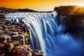 Картинка река, камни, люди, скалы, водопад