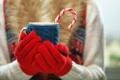 Картинка зима, руки, кружка, winter, варежки, cup, какао
