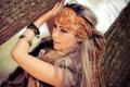 Картинка взгляд, девушка, фон, обои, настроения, макияж, шарф