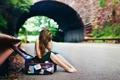 Картинка дорога, асфальт, девушка, волосы, босиком, арка, чемодан