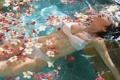 Картинка вода, цветы, Девушка, азиатка