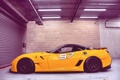 Картинка гараж, Ferrari, желтая, 599XX