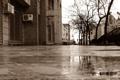 Картинка город, улица, сепия, rainy day