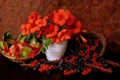 Картинка цветы, ягоды, виноград, натюрморт, ежевика, красная смородина